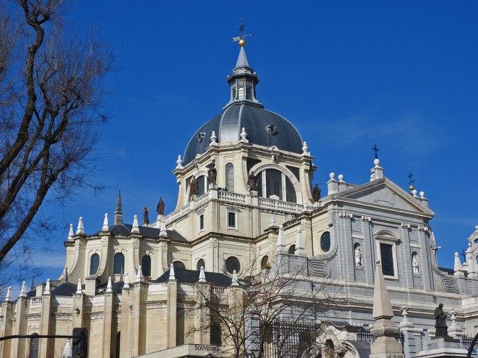 katedrala Almudena bočni ulaz