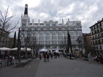 plaza-santa-ana4