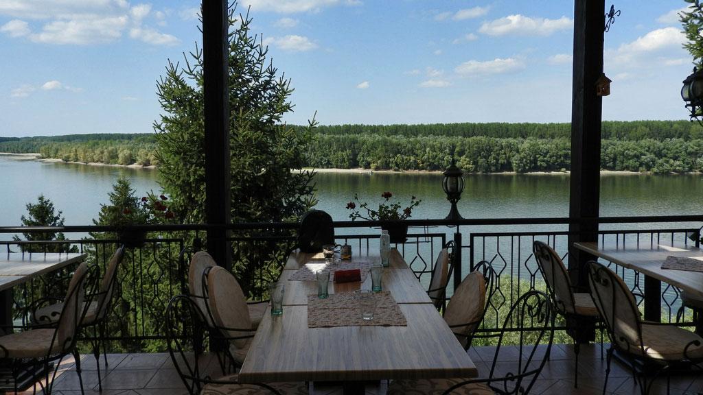 Restoran-hotel Atos - mesto sa odličnom uslugom i pogledom od milion dolara
