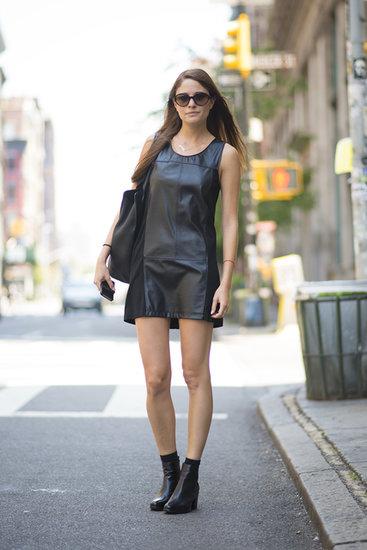 leather, cuir, robe en cuir, robe noir, prn, lbd, botillons en cuir, leather booties