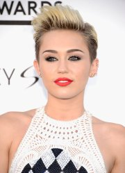 celebrity pixie cuts hair inspiration