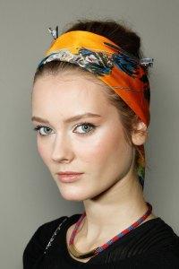 How to Wear a Head Scarf | POPSUGAR Beauty