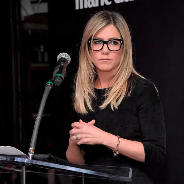 Jennifer Aniston Eyeglass Frames Cinemas 93