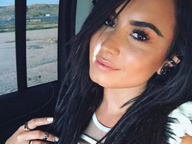 demi lovato dreadlocks debate | popsugar beauty