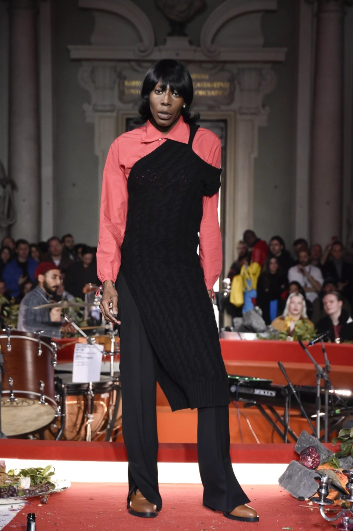 FLORENCE, ITALY - JANUARY 09: A model walks the runway at the Telfar fashion show during Pitti Immagine Uomo 97 at Palazzo Corsini on January 09, 2020 in Florence, Italy. (Photo by Pietro D'Aprano/Getty Images)