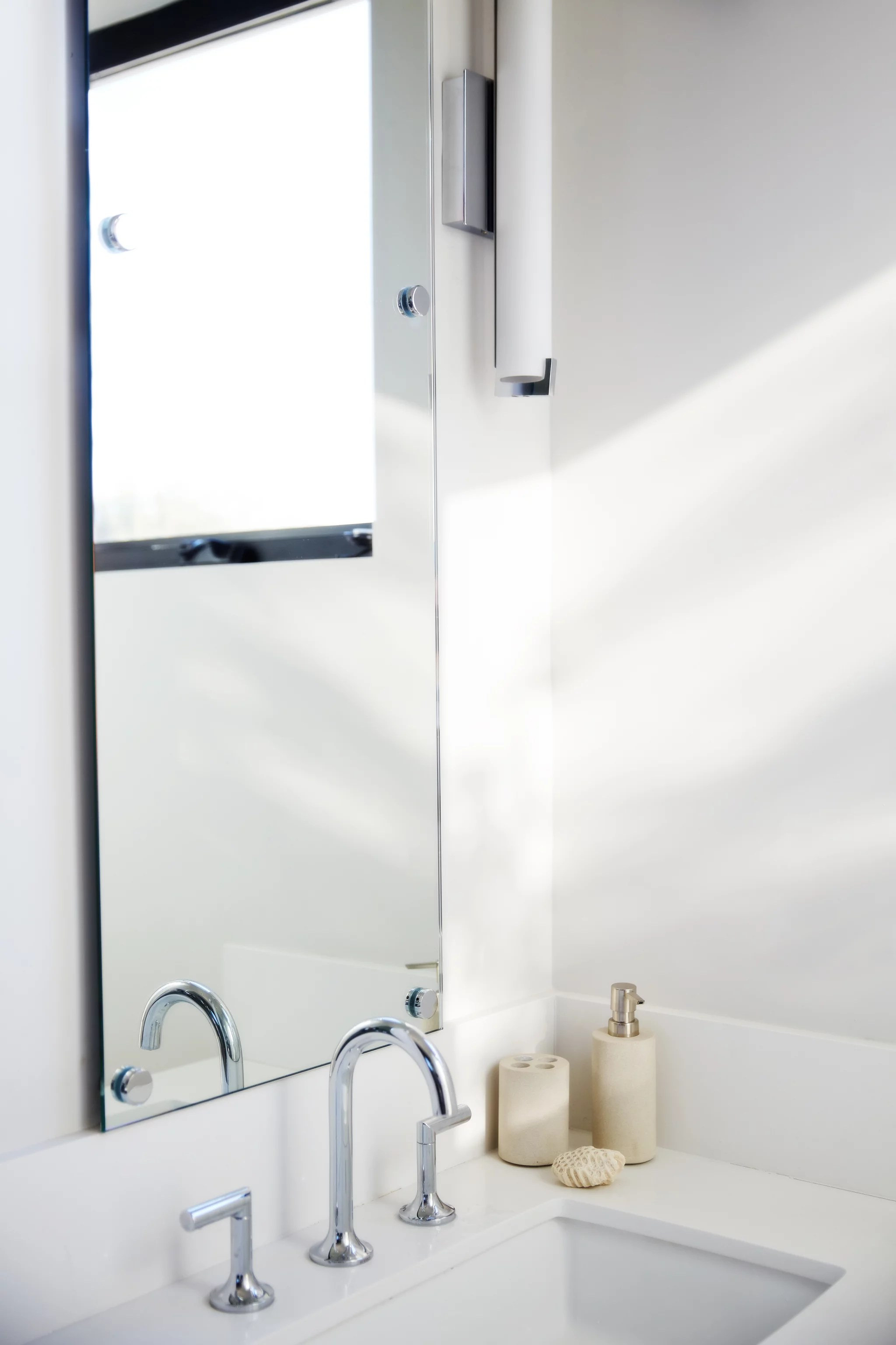 Bathroom Grout Cleaner