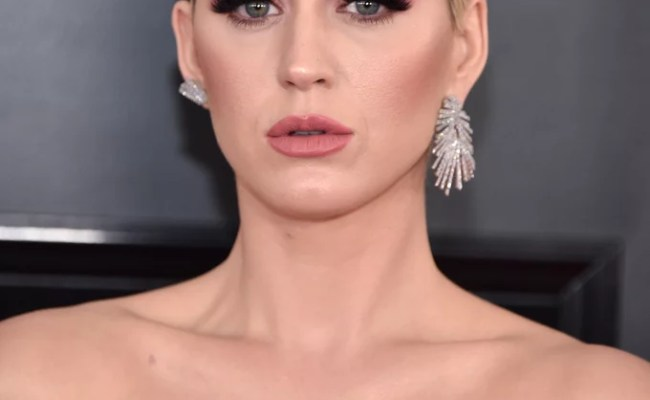 Katy Perry Hair And Makeup At The 2019 Grammys