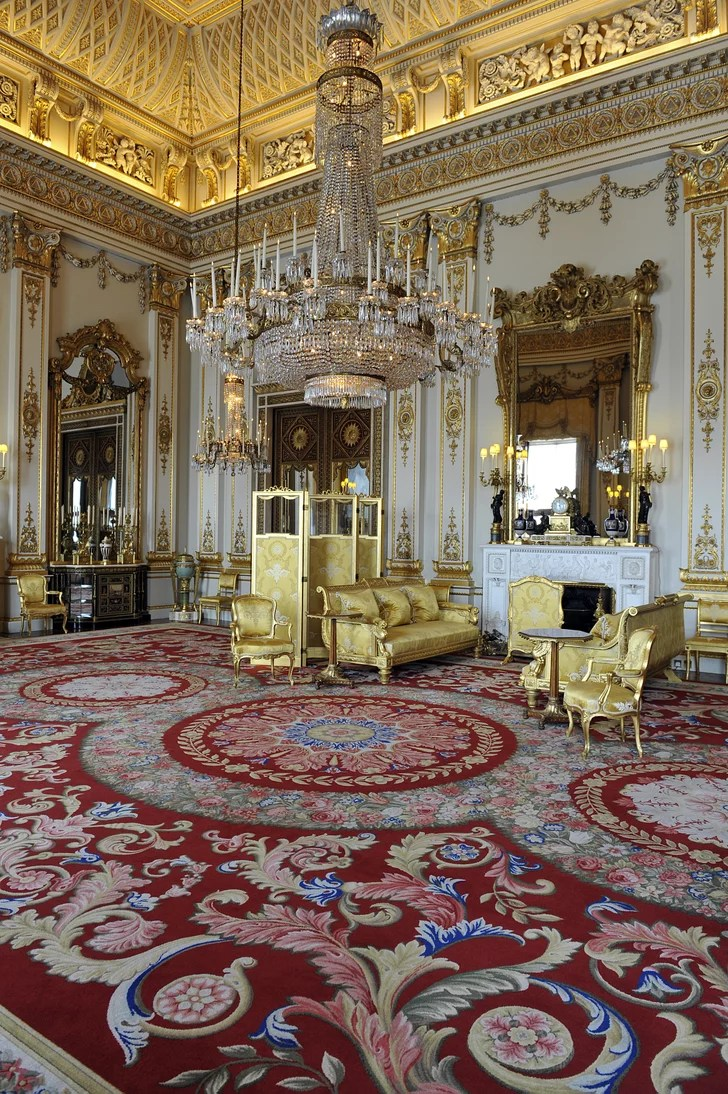 Sandringham  How the Royal Family Decorates For Christmas
