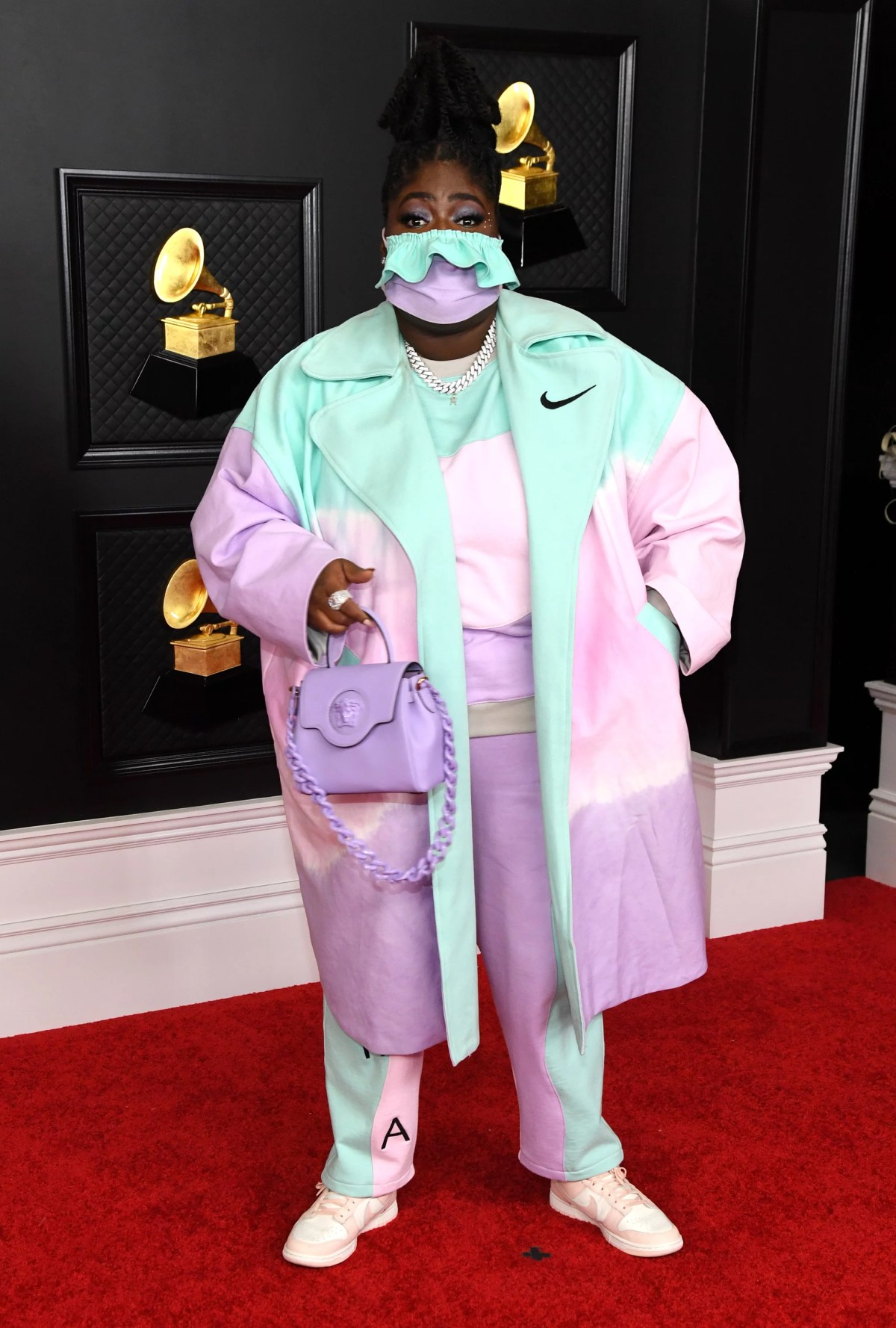 Every Pink Celebrity Outfit on the Grammys Red Carpet 2021 | POPSUGAR Fashion