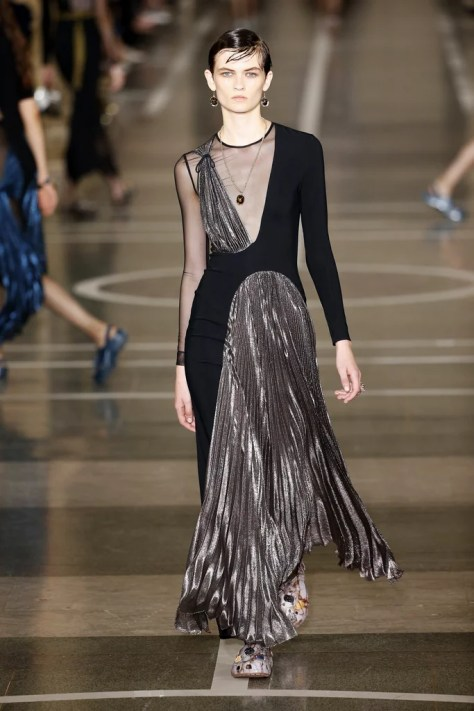 The Christopher Kane Spring 2017 lineup was revealed during London Fashion Week on Sept. 19.