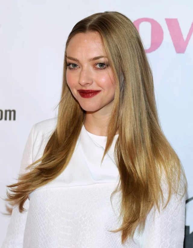 amanda seyfried | celebrities with long hairstyles for