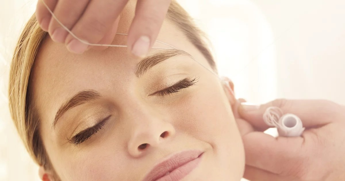 Before You Thread Your Eyebrows at Home, Here's Why an Expert Cautions Against It