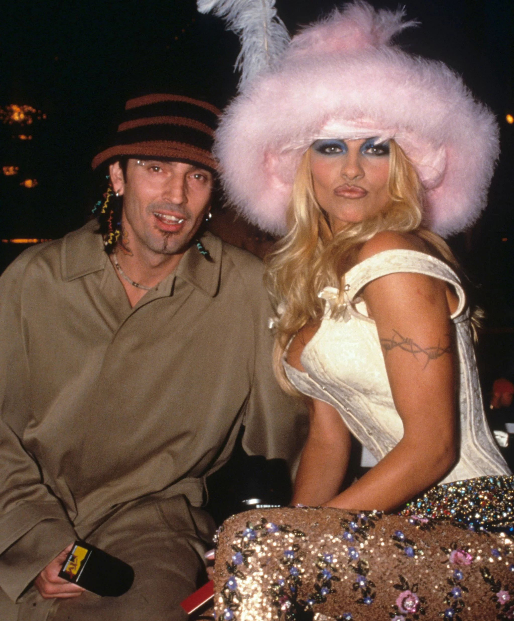 Pamela Anderson And Tommy Lee 1999 A Sweet Somewhat