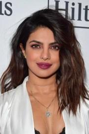 priyanka chopra sexy summer hairstyles