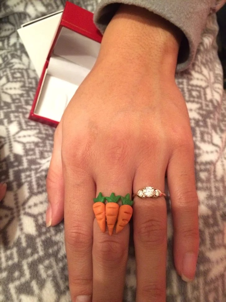 This 3 Carrot Ring Funny Gift Ideas POPSUGAR Tech Photo 4