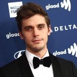 Antoni Porowski's Journey to Self-Acceptance and Physique Positivity Is Lovely to Hear