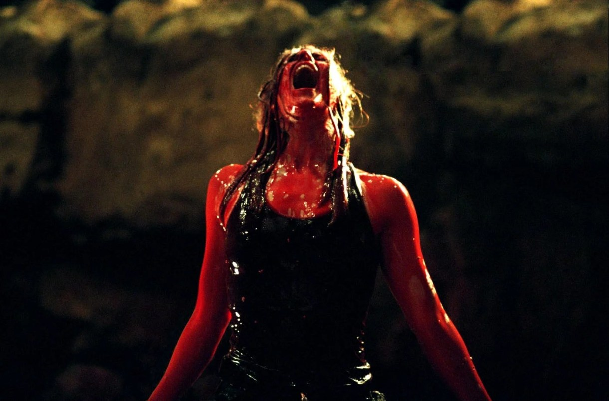 The Descent | 29 Devastating Horror Movie Twists That We Still Haven't Recovered From | POPSUGAR Entertainment Photo 11