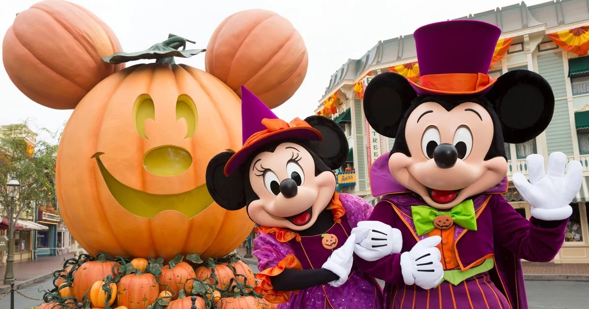 While we receive compensation when you click links to partners, they do not i. Disneyland Halloween Season Dates and Festivities 2021 | POPSUGAR Family