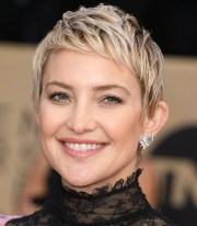 kate hudson pixie haircut stylis