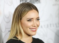 Hilary Duff Blond Life Hair Color | POPSUGAR Beauty