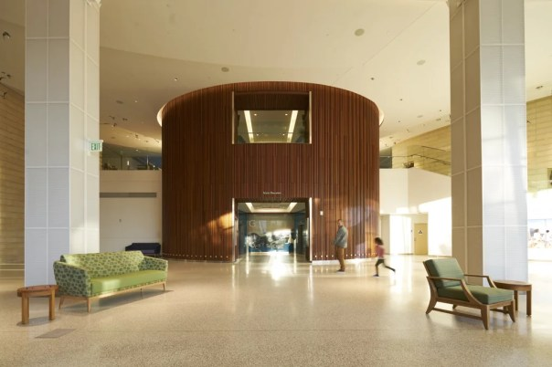 The elevator in the lobby was designed to resemble a redwood tree, and features locally-sourced reclaimed wood from nearby Moffett Field Hangar.