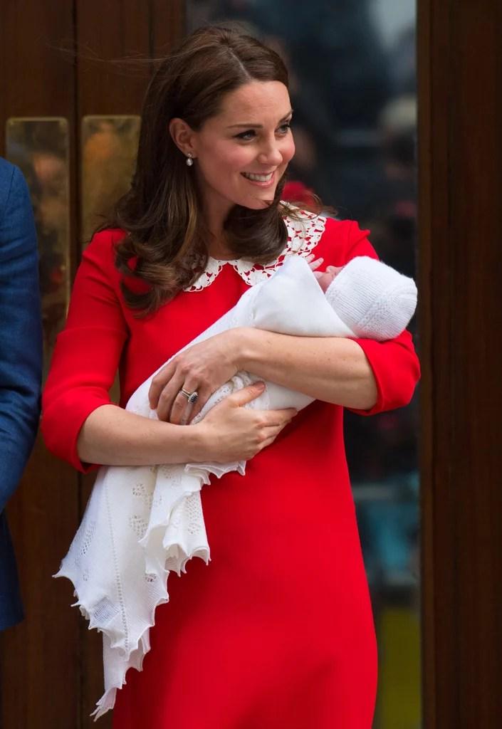 Kate Middleton's Pearl Earrings Leaving the Hospital