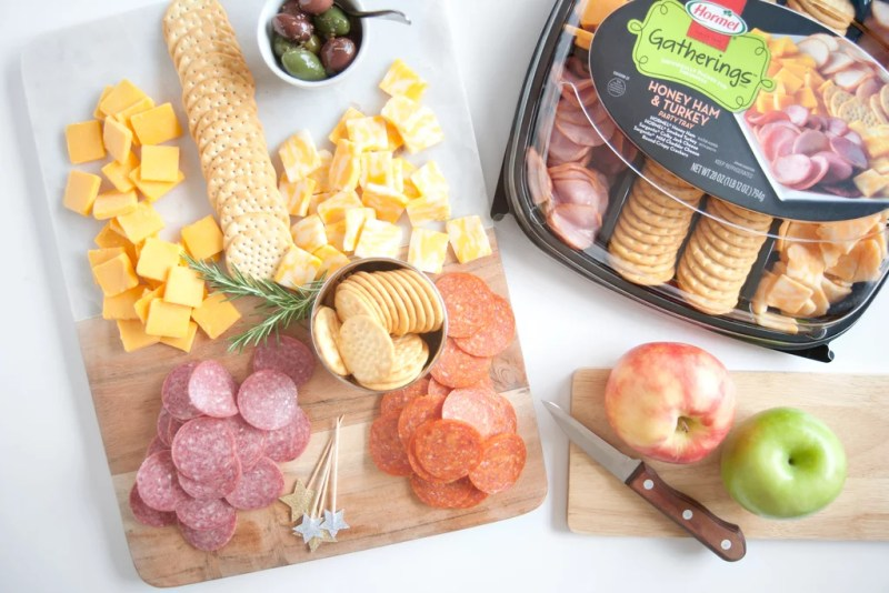 A Simple Meat and Cheese Tray