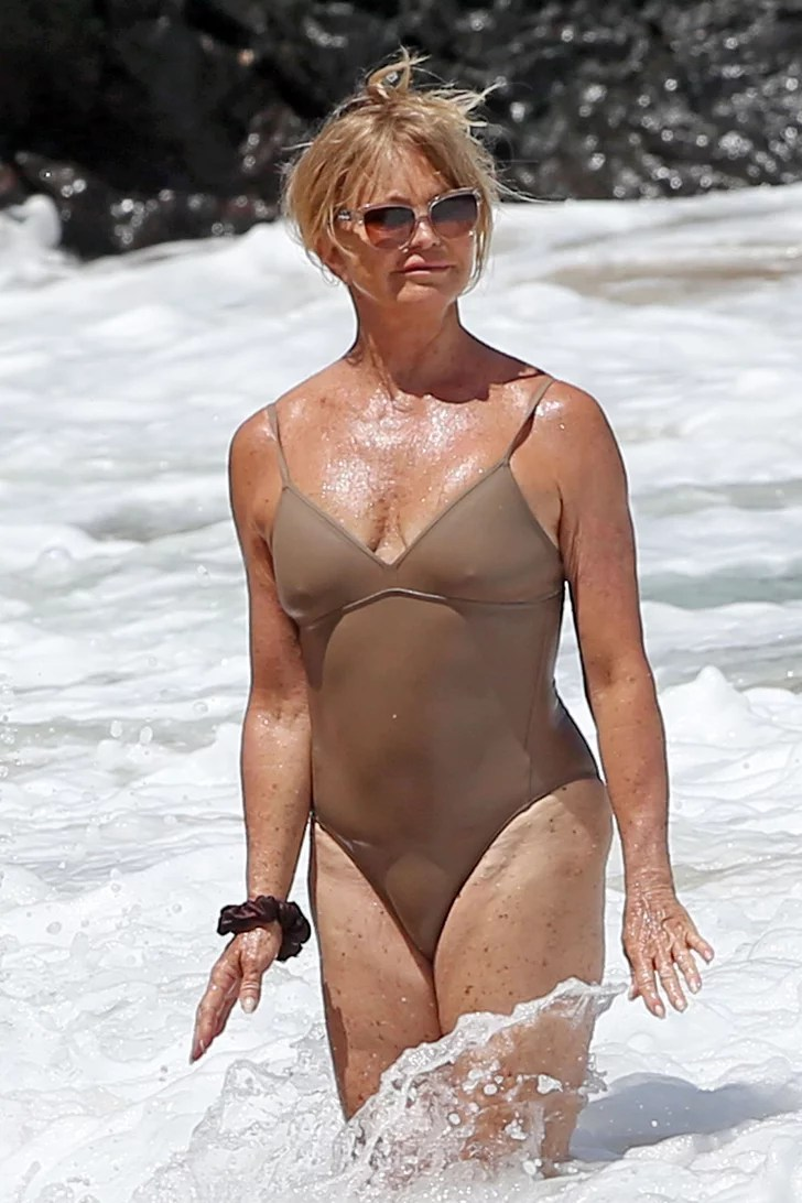 Goldie Hawn  Celebrities in OnePiece Swimsuits  POPSUGAR Celebrity Photo 42