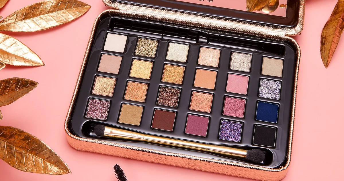 There's nothing better than shopping beauty products on sale, and since today's Cyber Monday, Sephora has decided to celebrate the holiday with Right now,