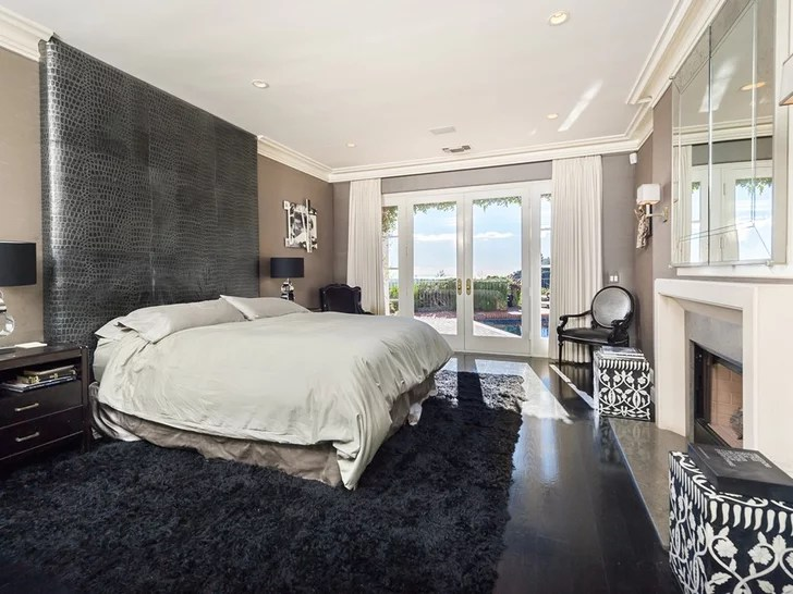 One Directions Louis Tomlinson Buys a New Home in LA