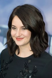shailene woodley with dark hair