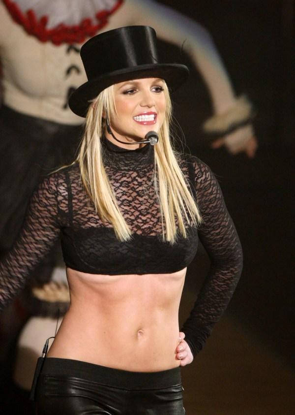 Videos Of Britney Spears Performing Circus Womanizer Good Morning America
