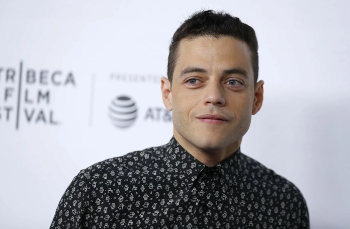 NEW YORK, NEW YORK - 28 AVRIL: Rami Malek participe aux discussions de Tribeca - Un adieu à