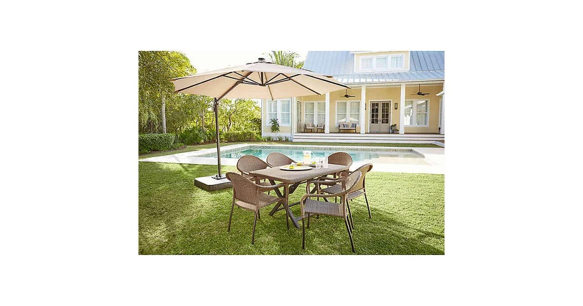 foot round solar cantilever umbrella