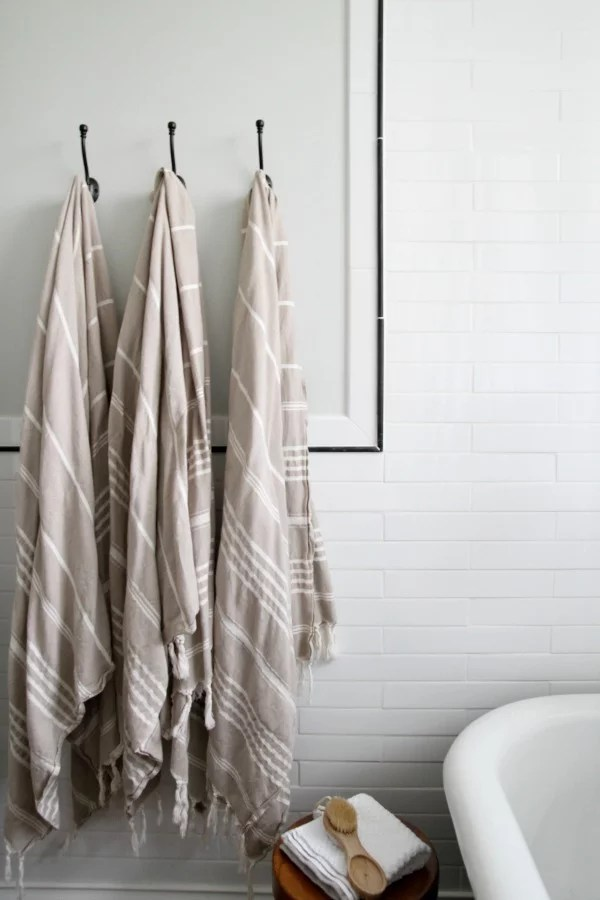 Replace The Towel Bar With Hooks 8 Easy Ways To Update Your Bathroom In 1 Weekend Popsugar Home Photo 4