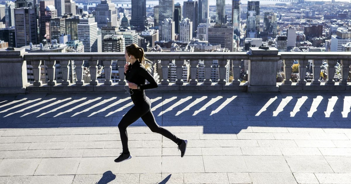 Running Responsibly: How to Keep Your Distance and Stay Safe on Your Next Run