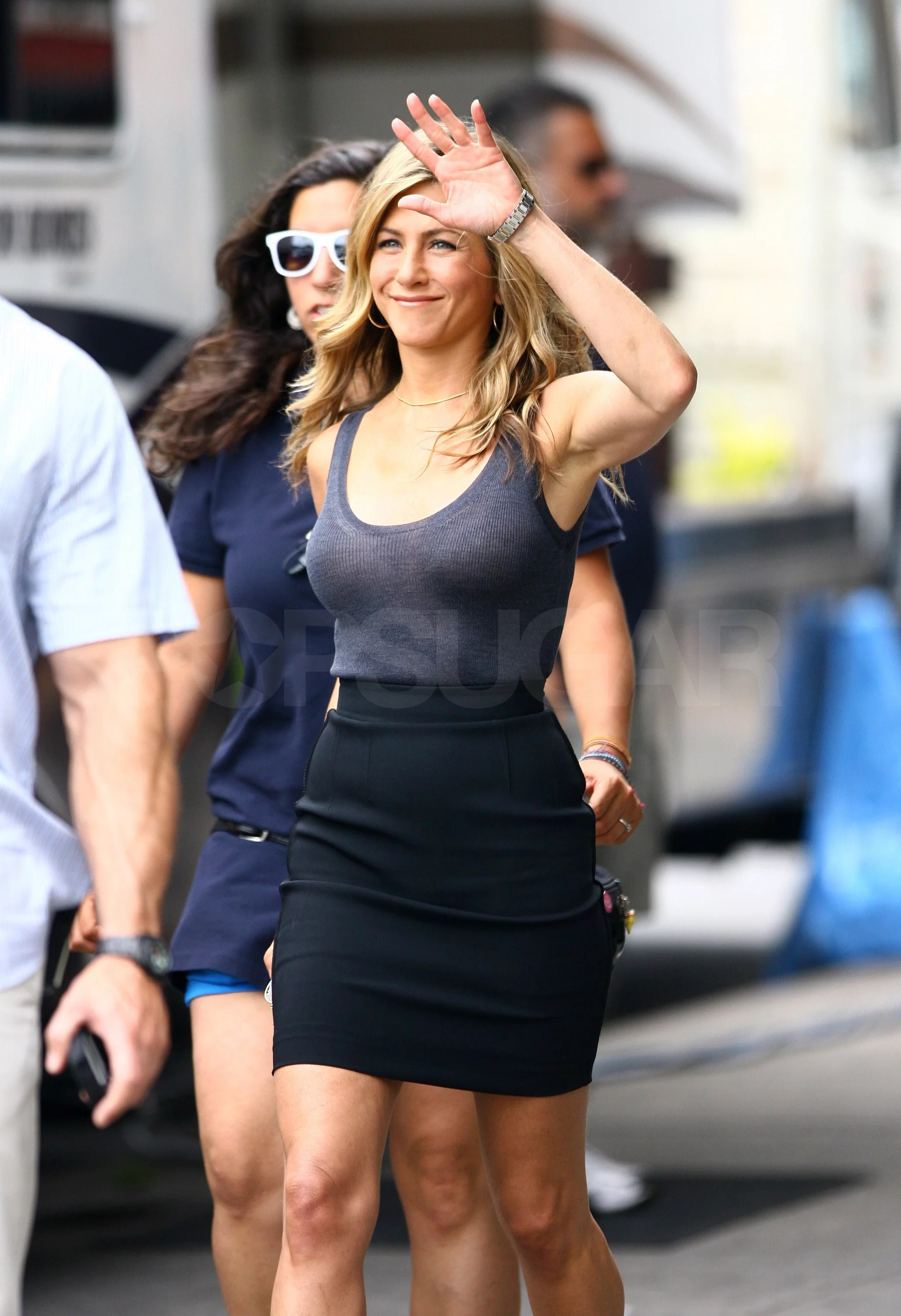 Photos Of Jennifer Aniston Filming The Bounty In NYC While
