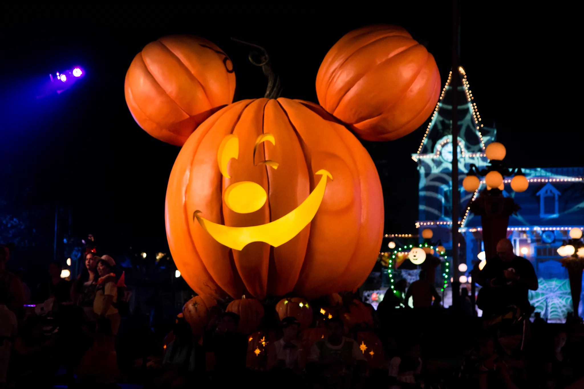 Mickey's not so scary halloween party isn't returning in 2021. Is Mickey S Not So Scary Halloween Party Canceled In 2020 Popsugar Family