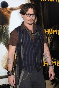 Johnny Depp in a vest and scarf in Paris. | Johnny and ...