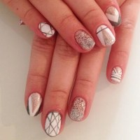 14 Manicure Ideas to Help You Nail It on New Year's Eve ...