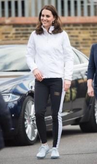 Kate Middleton Wearing Pearl Earrings | POPSUGAR Fashion UK