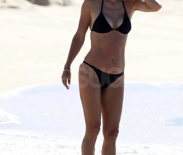Pictures Of Courteney Cox In A Bikini With Shirtless Josh Hopkins And Coco Popsugar Celebrity