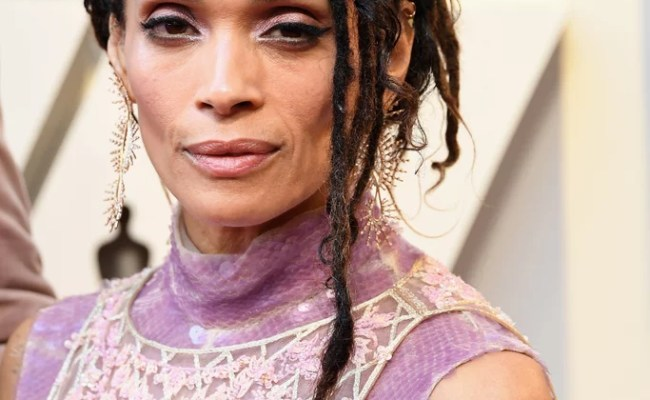 Lisa Bonet Celebrity Hair And Makeup At The 2019 Oscars