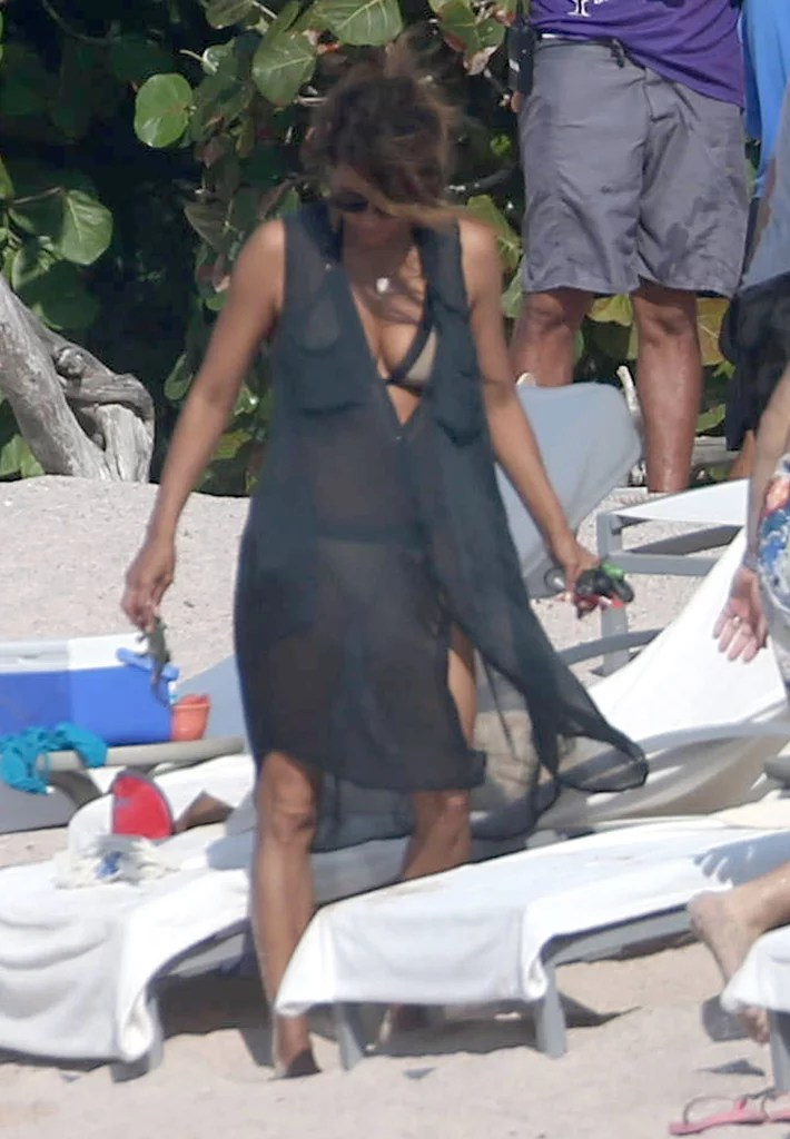 Halle Berry and Olivier Martinez on Vacation in Mexico