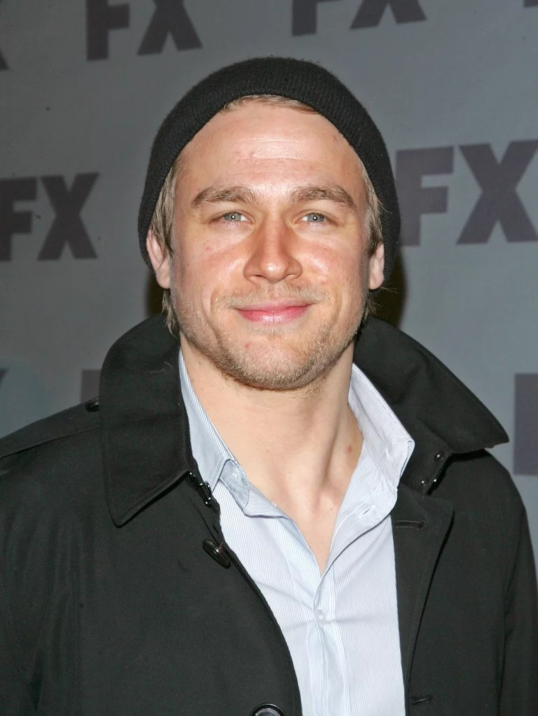 Don T Fall In Love Wallpaper The Quot Is That Brad Pitt Quot Smirk Charlie Hunnam Smirks