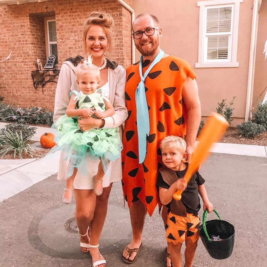 These are the best family halloween costume ideas in 2020! The Best Halloween Costumes For Families Of Four 2021 Popsugar Family