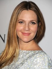 drew barrymore's sleek blowout