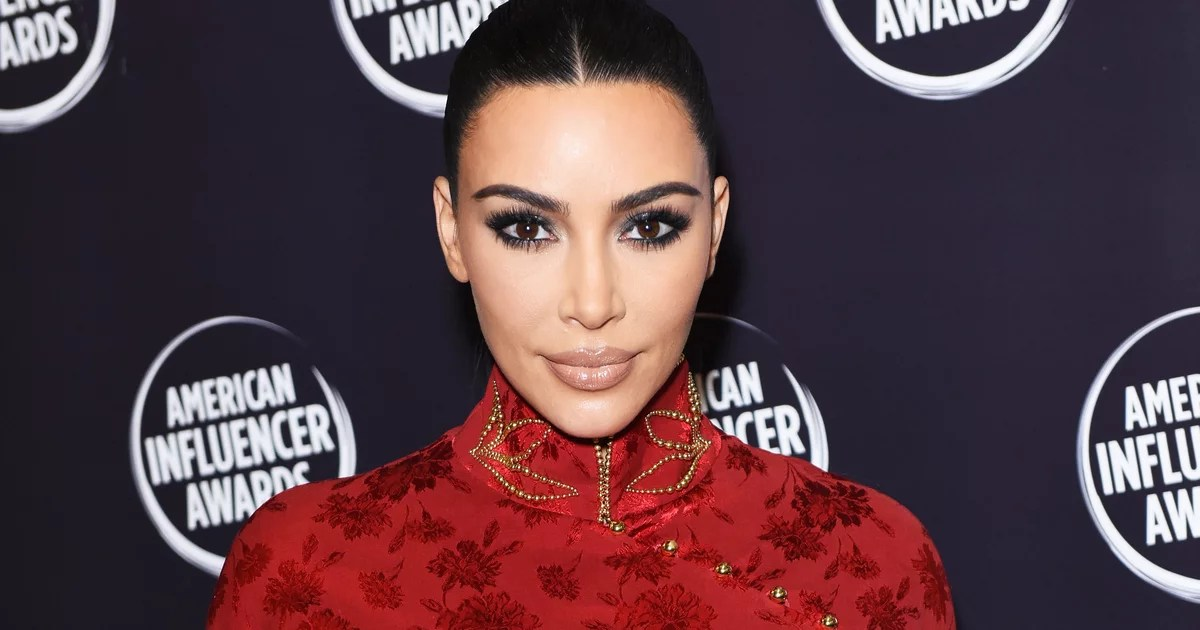 Kim Kardashian wore a dark, vampy nail polish color to the 2019 American Influencer The look was a departure from her go-to nude manicure.