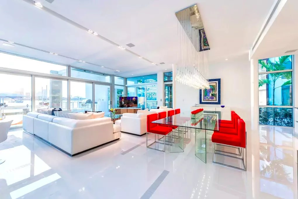 Kylie Jenner Miami Airbnb 2016  POPSUGAR Home