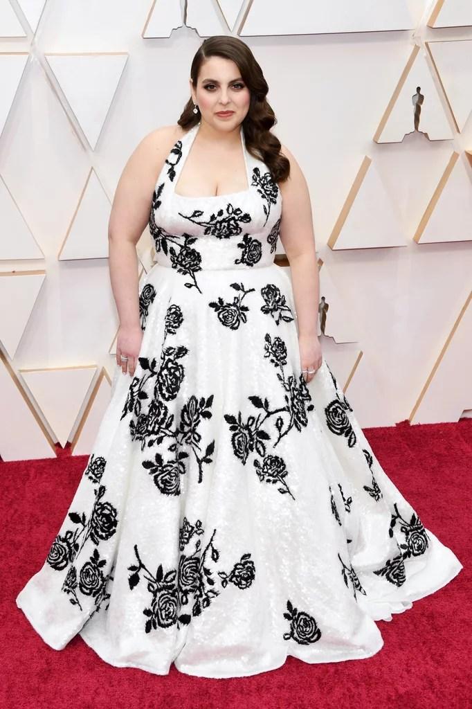 Beanie Feldstein Oscars 2020 (PopSugar / Getty)